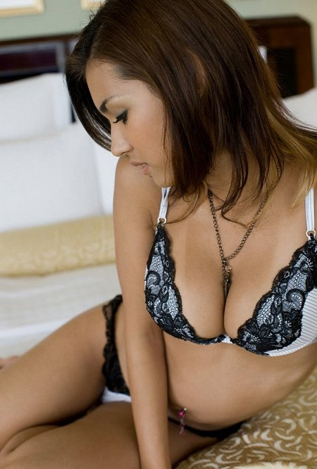 Sexy asian with gorgeous underwear04